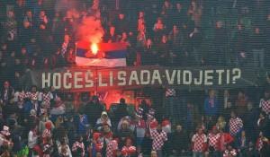 Hrvatski navijači spaljuju zastavu Srbije, St. Galen, 6. mart 2014.