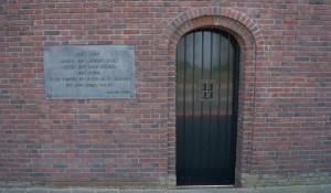 Sheveningen, memorijalna ploča na ulazu Foto: Wikimania.org (cc)