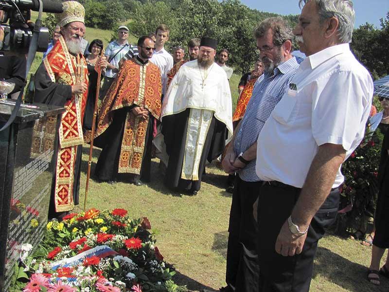 Parastos Srbima stradalim na Petrovačkoj cesti, 7.8.2015. Foto: Srna / Milomir Savić