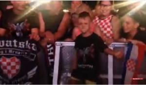 Ustaški pokliči, Za dom, Ubij Srbina na Tompsonovom koncertu u Kninu, 5.8.2015. Foto: Screenshot Youtube
