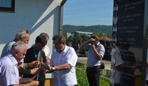 Položeni vijenci na Perduovom groblju u Banjaluci, 4.8.2016. Foto: SRNA