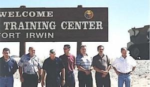 Ante Gotovina (prvi sleva) sa hrvatskim oficirima na MPRI obuci u Fort Irvinu, SAD Foto: MPRI