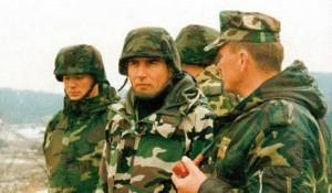 "Ante Gotovina sa USA MPRI oficirom za vreme hrvatske operacije ""Oluja"", avgust 1995. Foto: RTS"