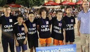 Hercegovina: Dečaci u majicama hrvatske ustaške Crne legije (Printskrin RTRS)