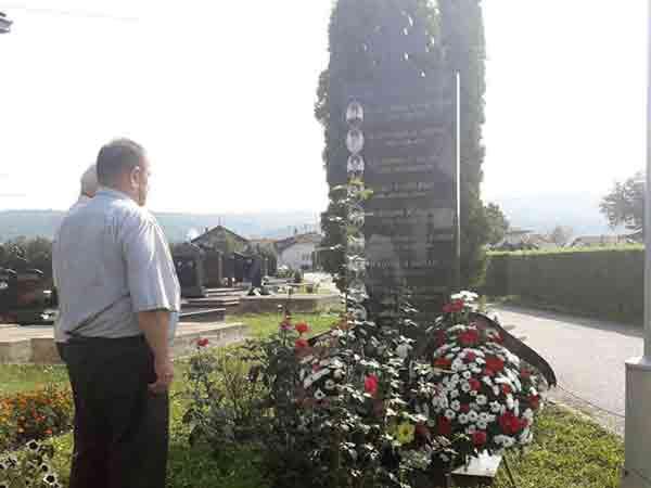Pomen na banjalučkom Perduovom groblju Foto: RTRS