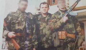 Škabrnja: Osumnjičeni Zoran Tadić na slici u sredini Foto: Zadarski list, Facebook/Marijan Dobričić Maša