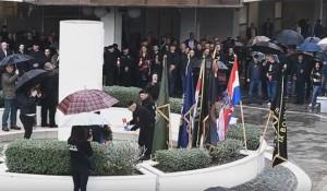 Split: Povici ZDS na smotri HOS, 10.4.2019. Foto: Večernje novosti, screenshot
