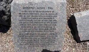 Politika, 20.05.2019, U Njujorku otkriven spomenik stradalima u logoru smrti Jadovno Foto: Bari Lituči