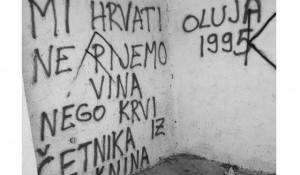 Ploača: Grafit na autobuskoj stanici Foto: Portal Novosti