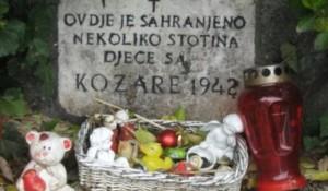 Nadgrobna ploća kozaračke dece na groblju Mirogoj Foto: Kurir