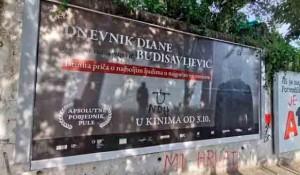 """Spit: GRAFITI MRŽNJE U SPLITU Išaran plakat za film """"Dnevnik Diane Budisavljević Foto: RTRS, DalmacijaDanas.com"""