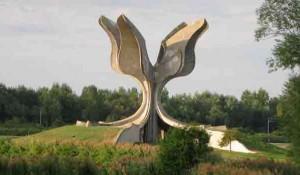 Jasenovac: Kameni cvet Foto:Danas