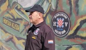 Split: Marko Skejo zapovednik jedinice HOS, obelećavanje godišnjice, 10.4.2020. Foto: Dalmatinski Portal