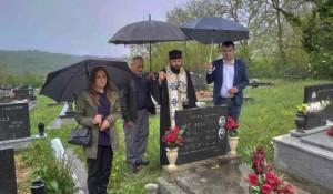 Šeovce, zapadna Slavonija: Parastos za Srbe ubijene u hrvatskoj agresiji Bljesak 1995. Foto: Srbi.hr