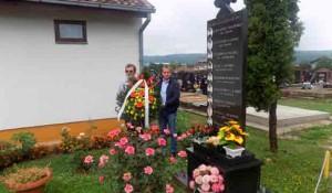 Banjaluka: Polaganje vijenaca na Perduovom goblju, 6.8.2020. Foto: SRNA