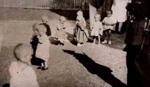 Sisak: Hrvatski logor za srpsku decu, leto 1943, NDH Foto: youtube screenshot