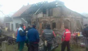 Banstol: Požar u kući porodice Dukić Foto: RTV, Stanko Simonović