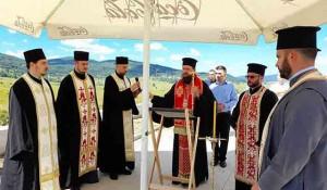 Petrovačka cesta: Parastos za Srbe ubijene u raketiranju hrvatske avijacije, 2021. Foto: RTRS